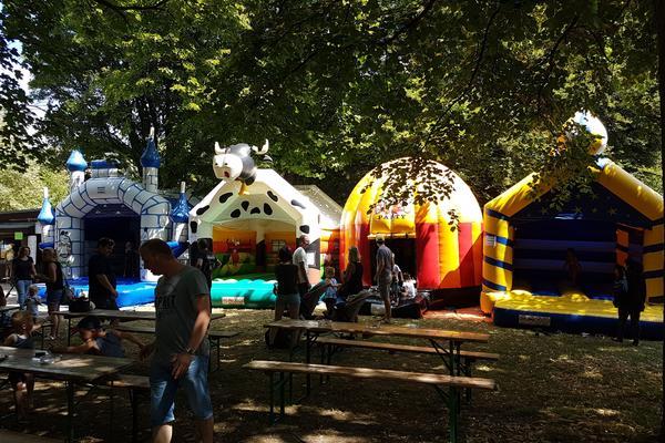 Sommerfest im Biergarten